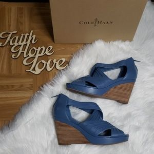 Cole Haan Shayna Pleat Sandal | Size 10.5 B
